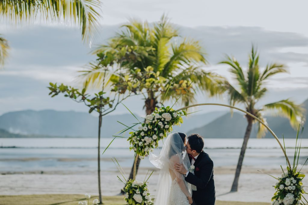 stephanie_charles_wedding_day_stregis_langkawi-24
